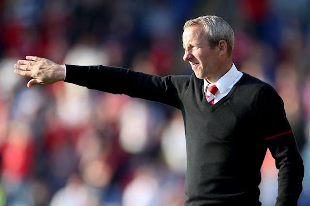 Lee Bowyer issues ultimatum to Charlton over manager's job