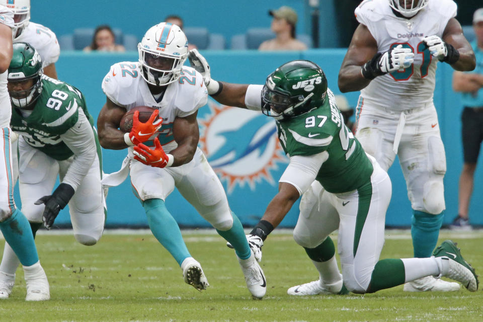 The Miami Dolphins waived RB Mark Walton on Tuesday. (Joel Auerbach/Getty Images)