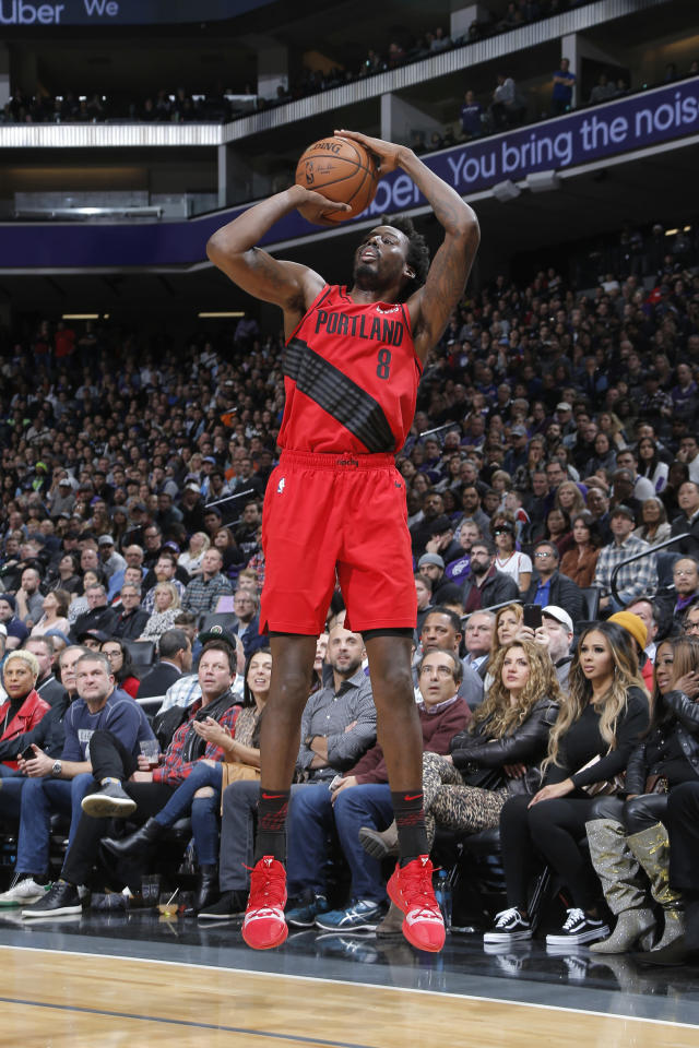 SACRAMENTO, CA - JANUARY 1: Al-Farouq Aminu #8 of the Portland Trail Blazers shoots the ball against the Sacramento Kings on January 1, 2019 at Golden 1 Center in Sacramento, California. (Photo by Rocky Widner/NBAE via Getty Images)