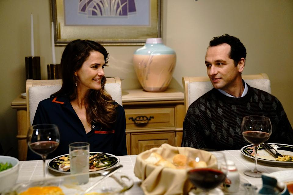 Keri Russell as Elizabeth Jennings and Matthew Rhys as Philip Jennings in <em>The Americans </em>(Photo: Everett Collection)