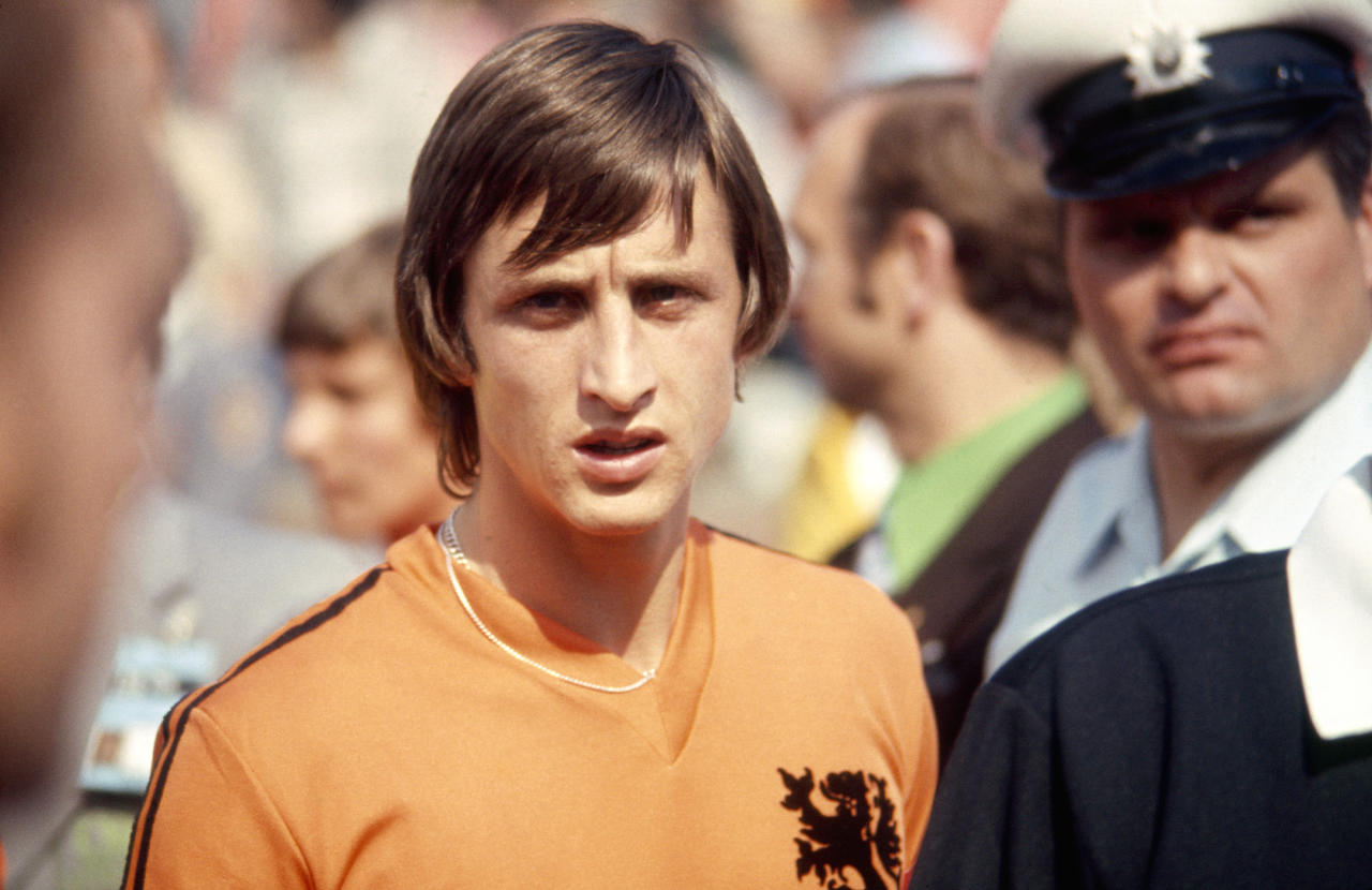 The Netherlands legend will have his memory honoured by the Dutch club who put him on the path to superstardom as a player and coach