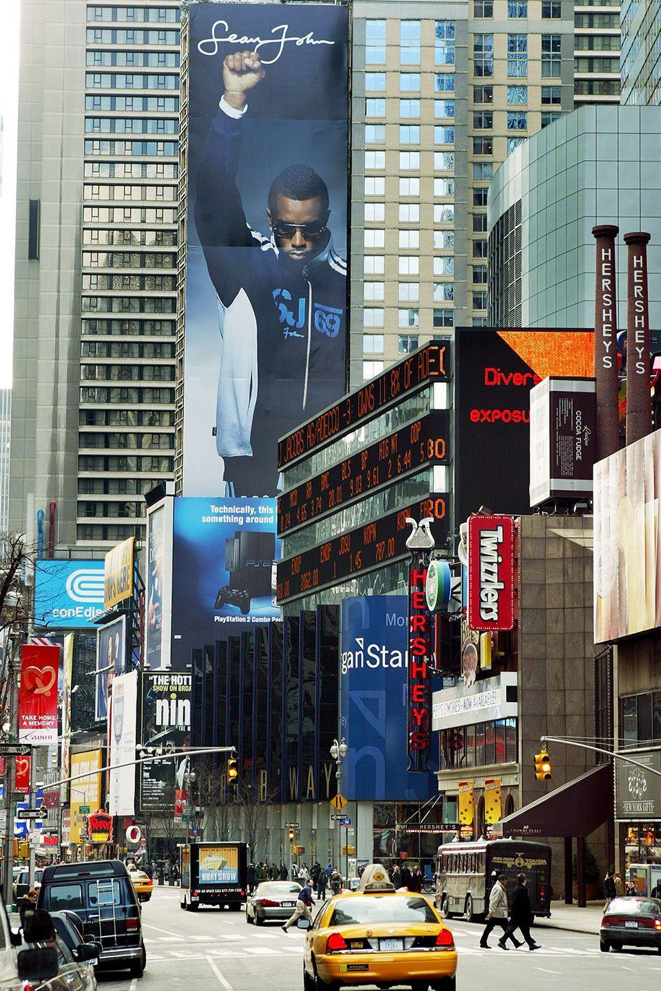 <p>Oh what beauty the early millennium held. Sean John clothing, featuring 'P. Diddy', takes over one of Times Square's biggest billboards. </p>