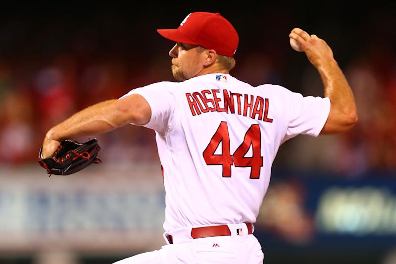 Cards release Rosenthal, extend qualifying offer to Lynn