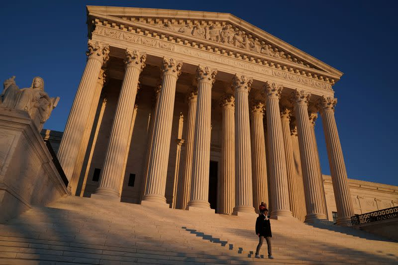 U.S. Supreme Court blocks Alabama order easing voting restrictions