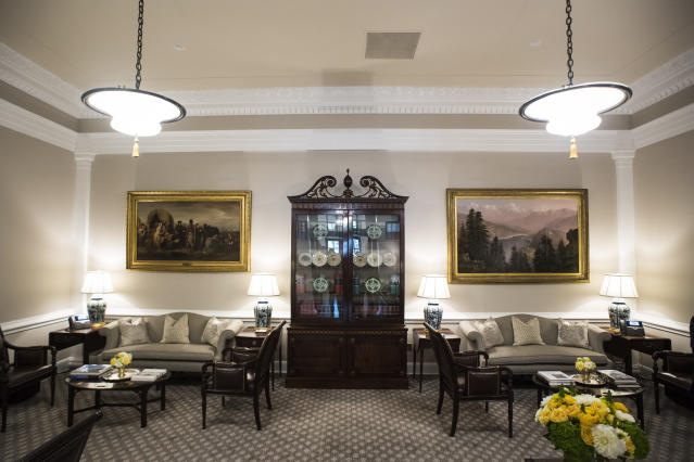 <p>The newly renovated West Wing Lobby is seen at the White House in Washington on Tuesday, Aug 22, 2017. (Photo: Jabin Botsford/The Washington Post via Getty Images) </p>