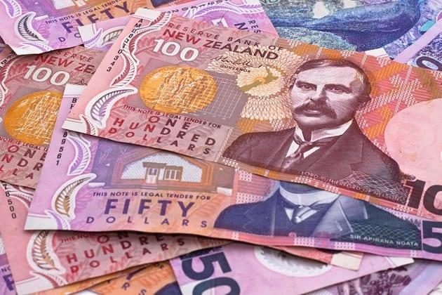 New Zealand Dollar Plunges after Inflation Comes Up Short; RBNZ Rate Cut Forecast for May