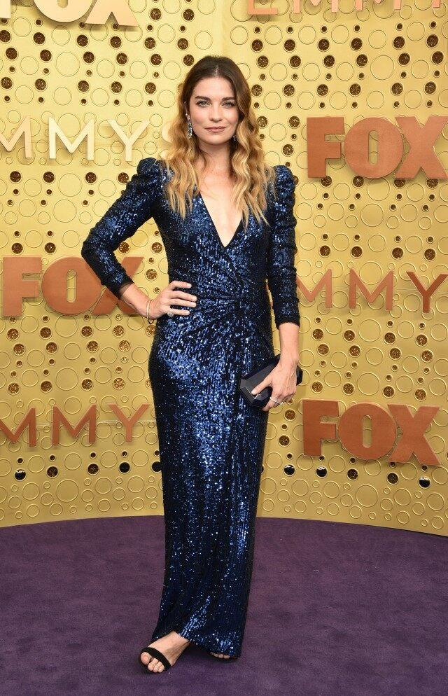 Annie Murphy at the 71st Emmy Awards
