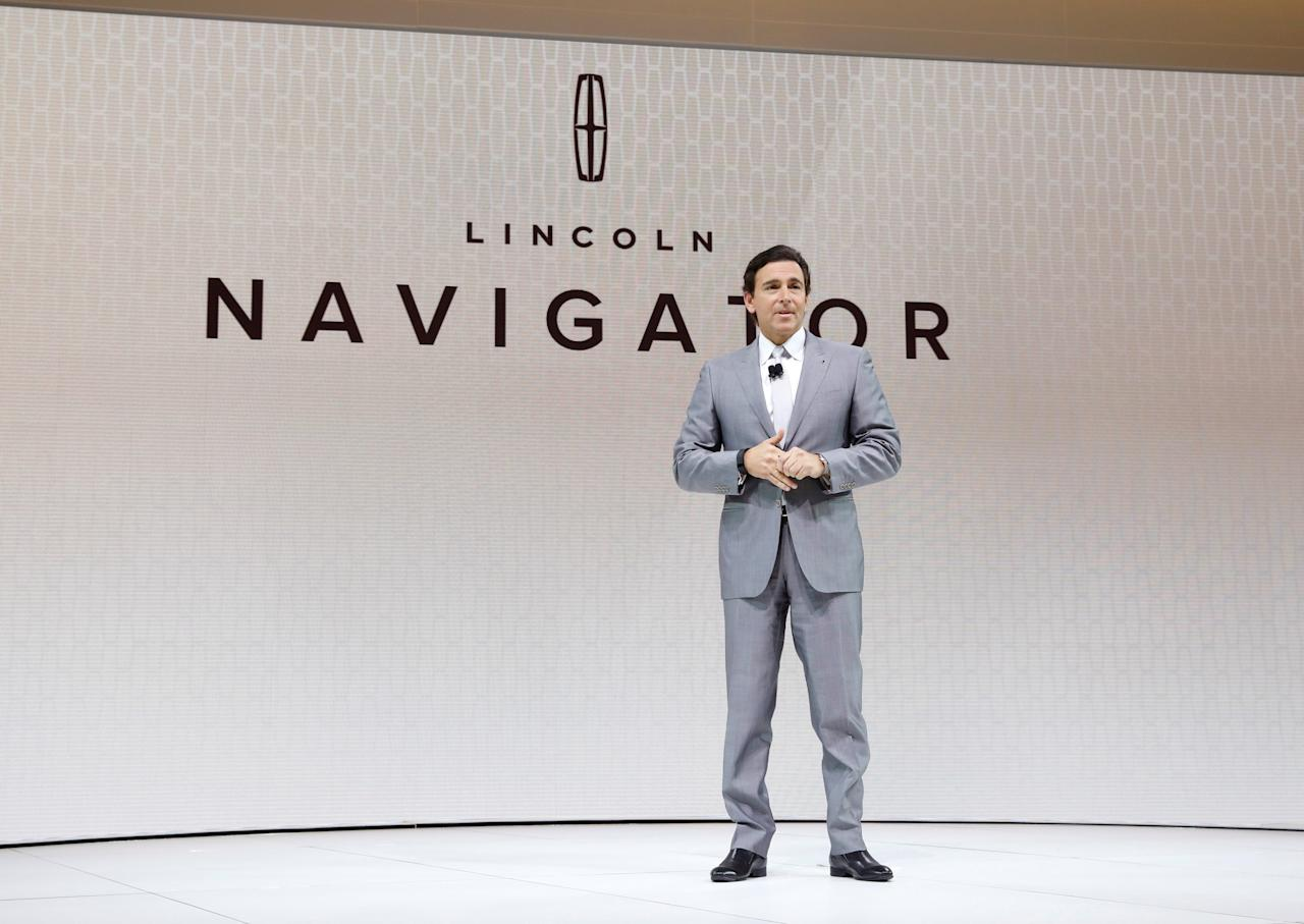 FILE PHOTO: Ford Motor Company CEO Mark Fields speaks during the Lincoln Navigator presentation at the 2017 New York International Auto Show in New York City, U.S. April 12, 2017. REUTERS/Brendan Mcdermid/File Photo