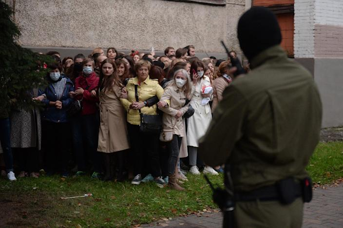 Image: Belarus women resist the police attempt to detain them as they gathered to support their current leader Maria Kolesnikova, in Minsk, Belarus, (EPA)