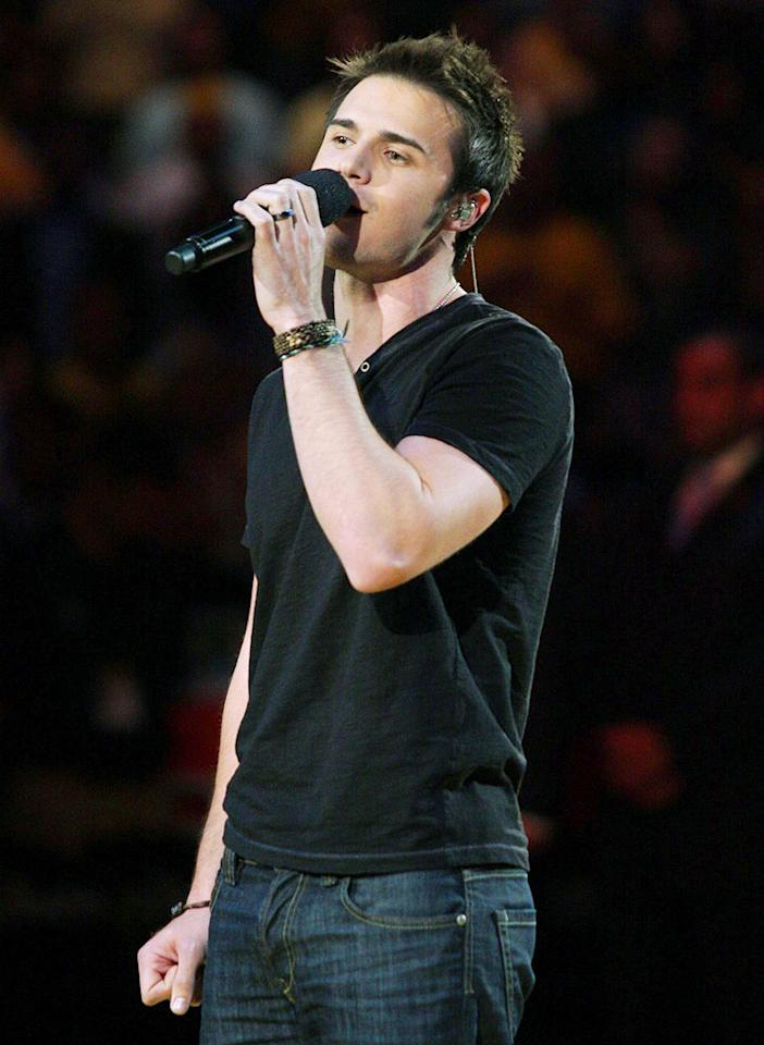 """When Kris Allen read the Rolling Stone article, he said he was flattered by Lambert's comments about the """"Idol"""" winner's good looks. Allen had a big week too, inking his own record deal and singing the national anthem at the NBA Finals. Noel Vasquez/<a href=""""http://www.gettyimages.com/"""" target=""""new"""">GettyImages.com</a> - June 7, 2009"""
