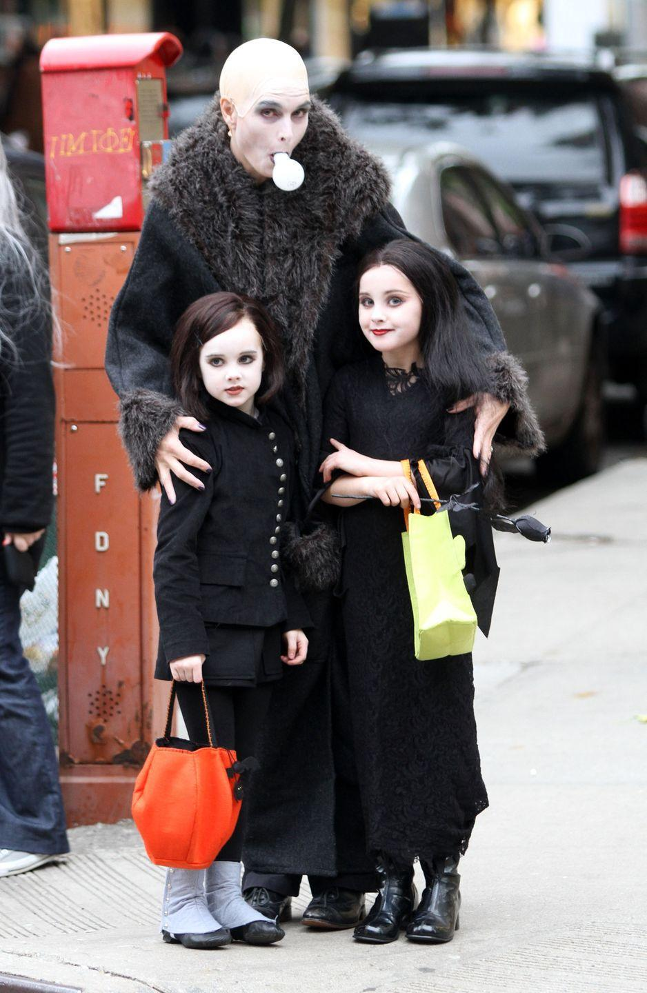 <p>Brooke and her daughters were convincing as members of the Addams crew back in 2011.<br></p>