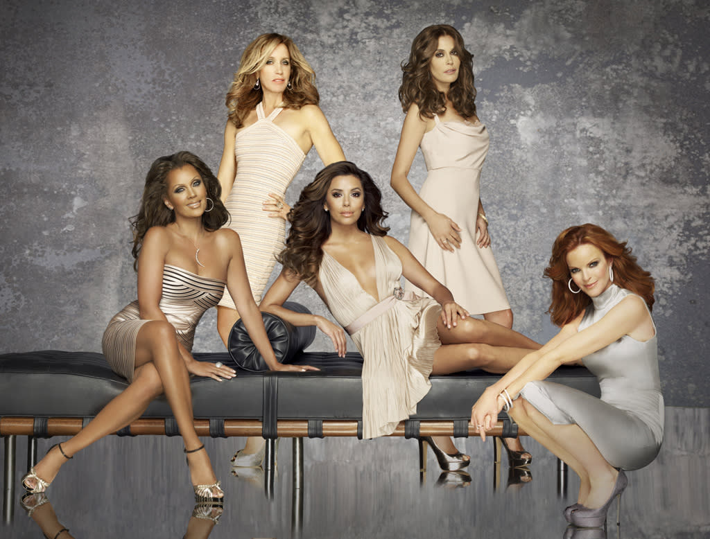 "<b>""Desperate Housewives""</b><br><br>Sunday, 5/13 at 9 PM on ABC<br><br><a href=""http://yhoo.it/IHaVpe"">More on Upcoming Finales </a>"