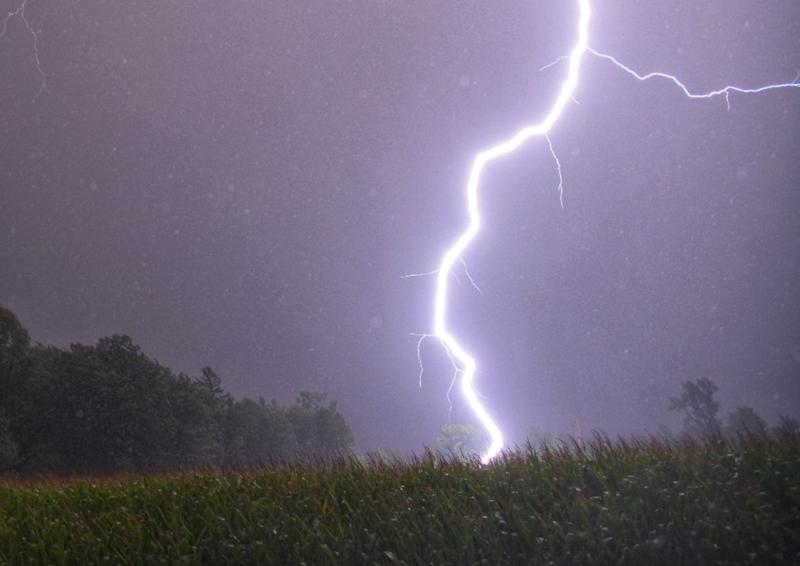 PHOTOS: Abundant lightning as strong storms roll through Ontario