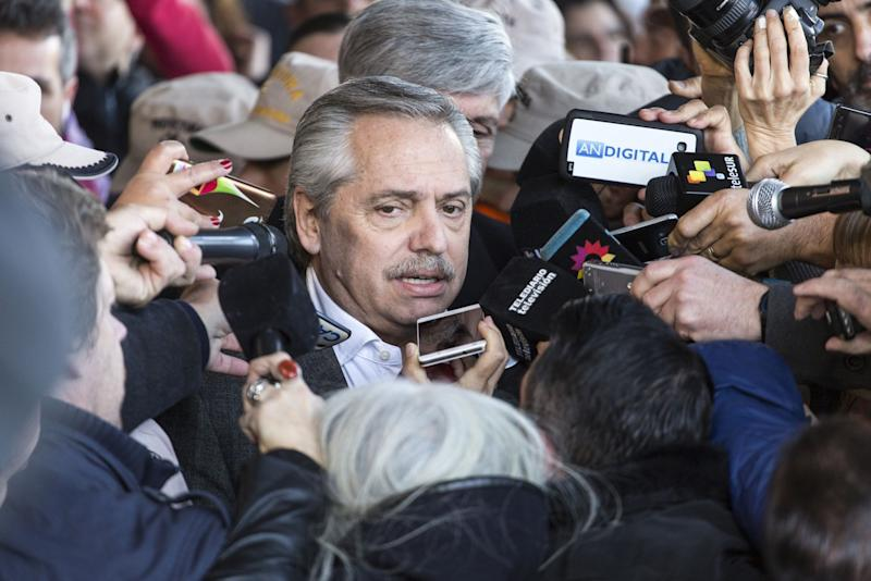 With Victory in Sight, Fernandez Must Explain His Plan for Argentina
