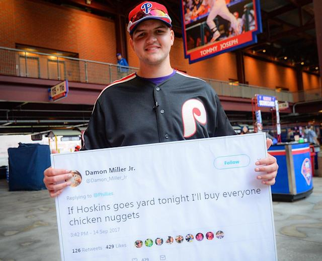 Damon Miller Jr. came to Citizens Bank Park to make good on his promise to buy everyone chicken nuggets if Rhys Hoskins hit a home run. (Twitter/@Phillies)