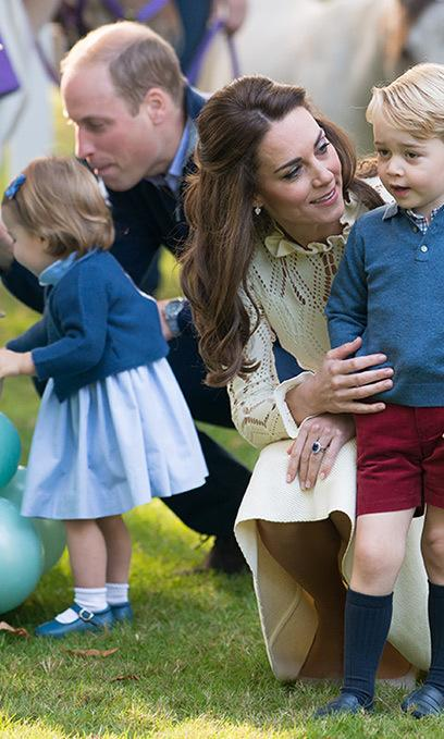 kate-middleton-prince-george-at-childrens-party-in-canada