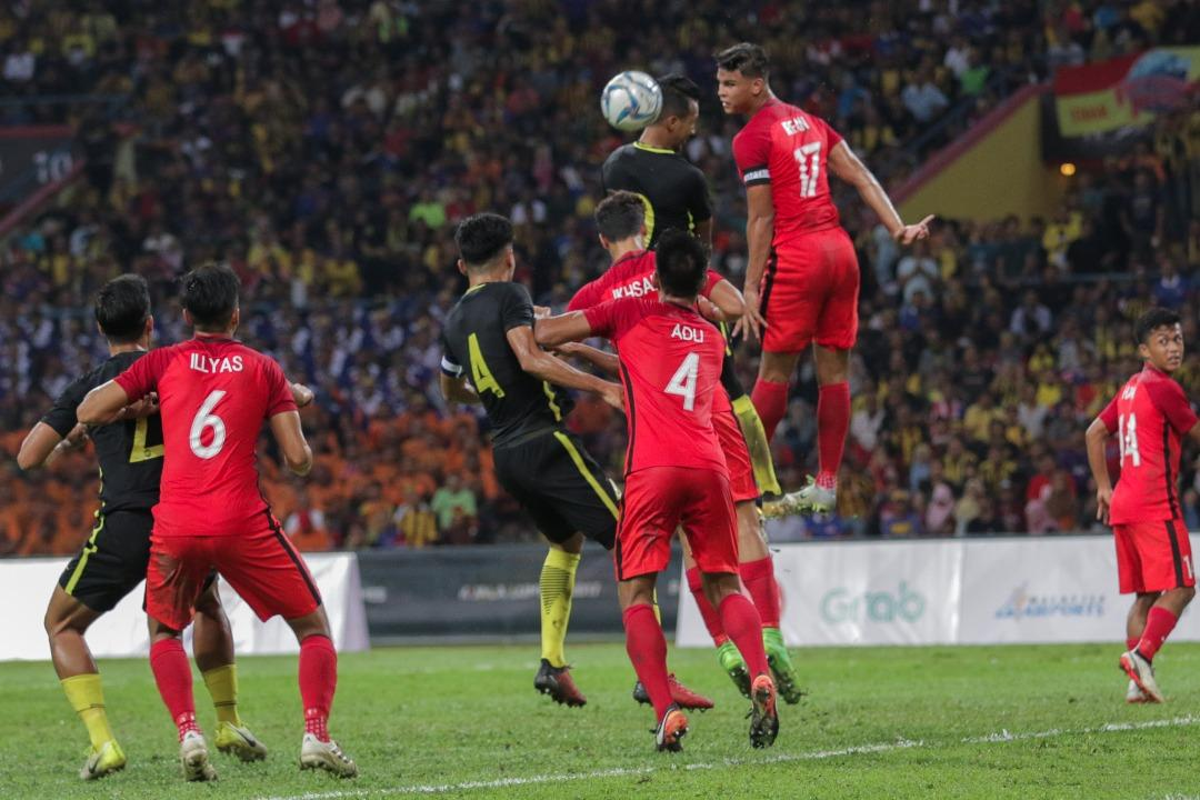 <p>Despite a first-half lead, Singapore fell 1-2 to Malaysia in the football group stage match of the SEA Games 2017 played at the Shah Alam Stadium on Wednesday (16 August) night. (PHOTO: Fadza Ishak for Yahoo News Singapore) </p>