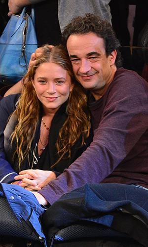 who is ashley olsen dating wdw