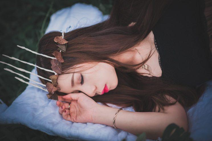 FACT: You can't catch up on sleep [Photo: Pixabay via Pexels]