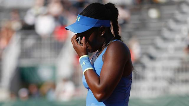 Sloane Stephens and her title defence ended at the first hurdle in Washington, while both seeds lost at the Bank of the West Classic.