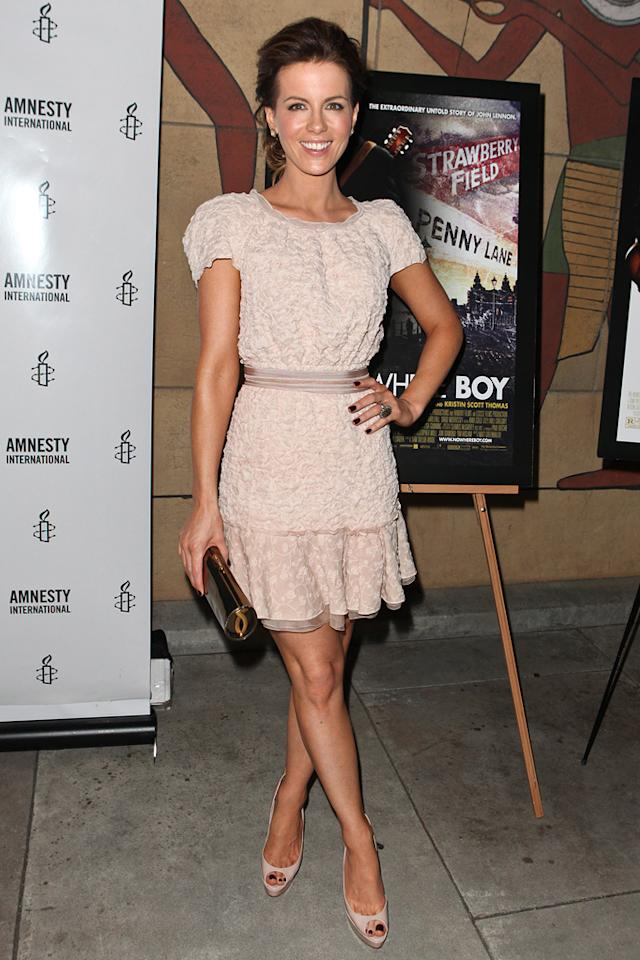 "<a href=""http://movies.yahoo.com/movie/contributor/1800020790"">Kate Beckinsale</a> at the Los Angeles screening of <a href=""http://movies.yahoo.com/movie/1810073977/info"">Nowhere Boy</a> on September 30, 2010."