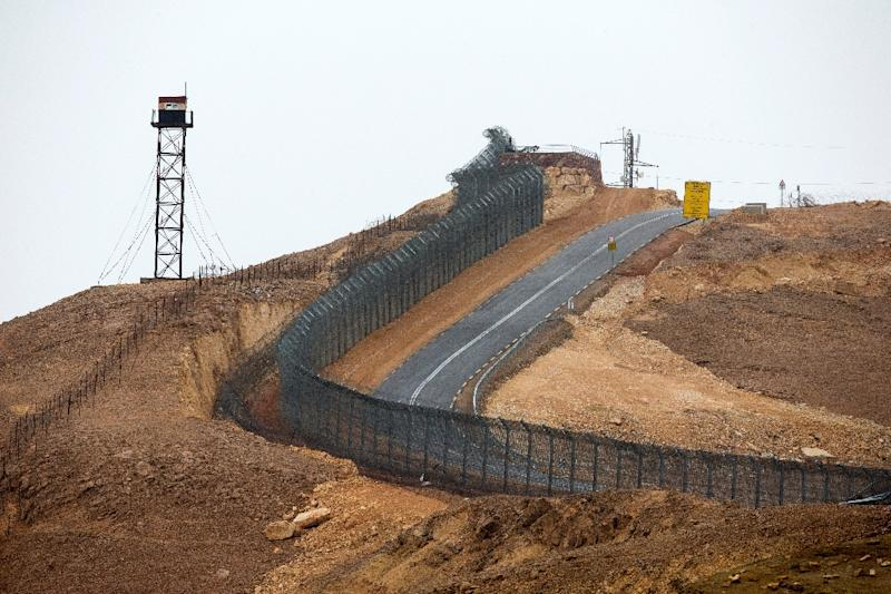 The fencing along the southern Israeli border with Egypt near the  Red Sea resort of Eilat, on March 9, 2014