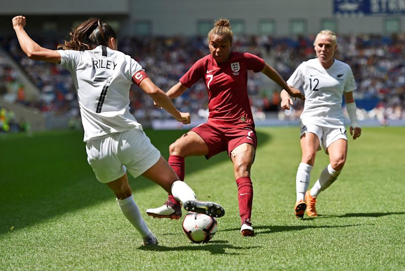 Phil Neville says England Women need to be ruthless