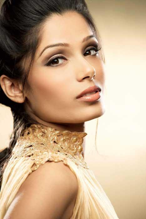 Freida Selena Pinto (born 18 October 1984) is an Indian actress and model. Hailing from a Mangalorean Catholic family.