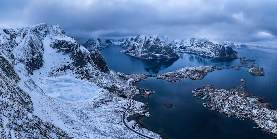 <p>A storm moves in on the snow-covered Lofoten Islands in Norway // April 2016</p>