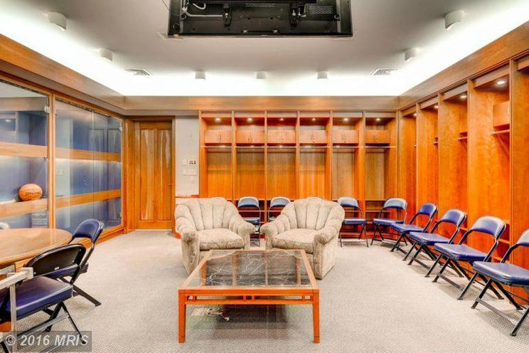 If Ripken wanted to field a baseball team at his house, he could put them in his custom clubhouse. (Zillow)