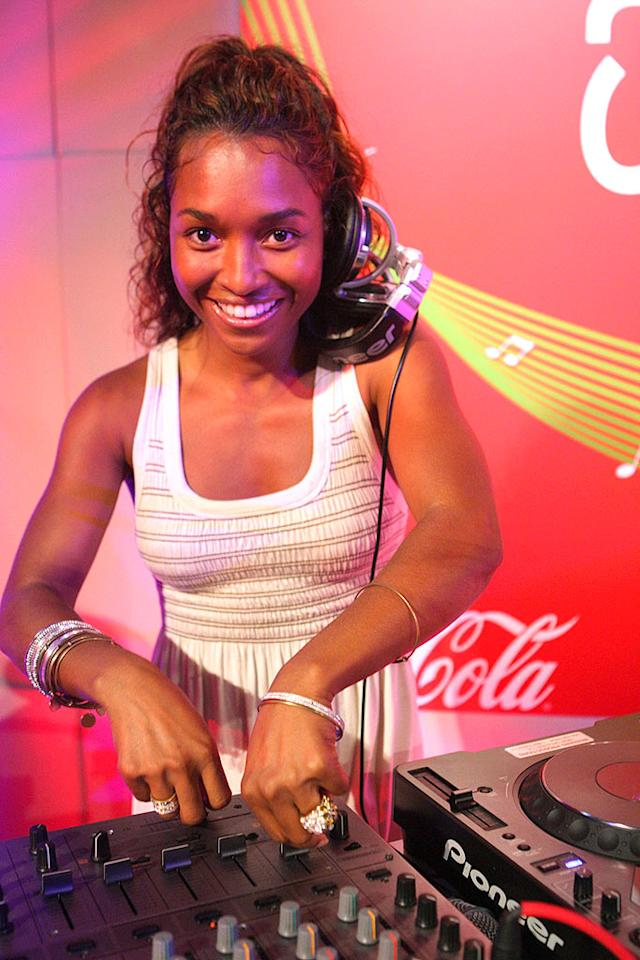 "Rozonda ""Chili"" Thomas of TLC fame delivers some spice from behind the turntables. Bennett Raglin/<a href=""http://www.wireimage.com"" target=""new"">WireImage.com</a> - July 4, 2008"