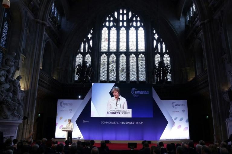 British PM Theresa May is to meet Commonwealth leaders over the plight of West Indians invited to work in Britain after World War II and who now face deportation