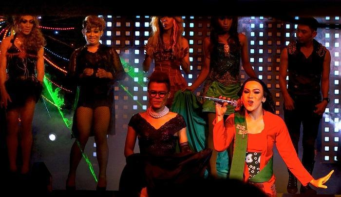 The show: The cabaret is performed by male artists only, similar to the Ladyboy cabaret in Thailand and Kabuki in Japan. (
