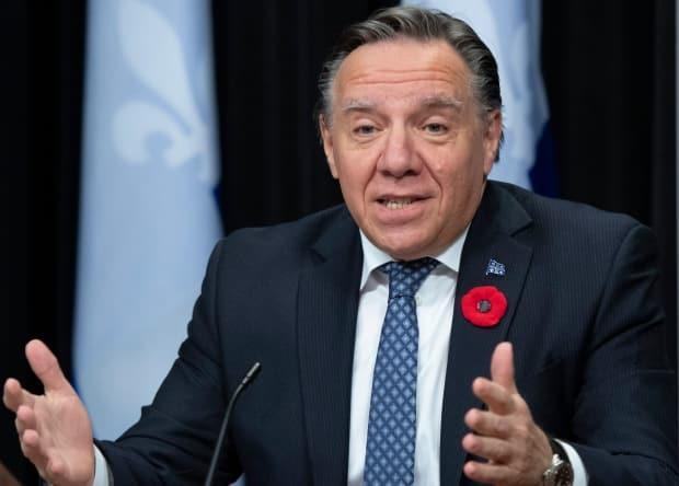 Quebec premier mulls temporarily closing schools this winter to reduce spread of COVID-19