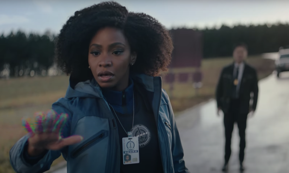 Teyonah Parris and Randall Park in 'WandaVision' (Photo: Marvel Studios/YouTube)