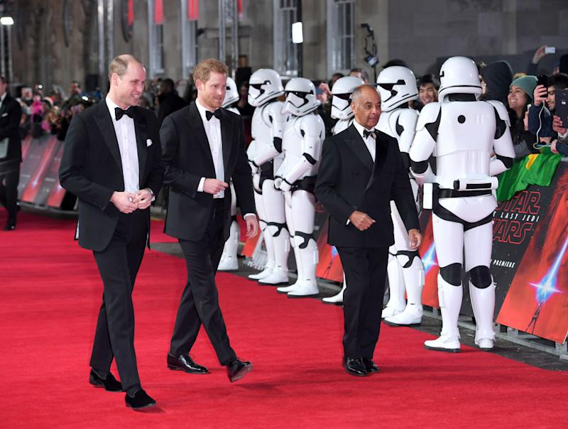 "Prinz William und Prinz Harry auf der Premiere von ""Star Wars: The Last Jedi"". (Bild: Getty Images)"