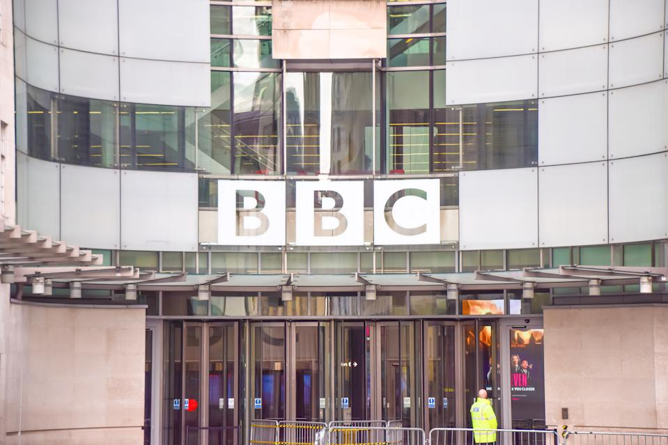 LONDON, UNITED KINGDOM - 2021/01/17: General view of the Broadcasting House, BBC headquarters in Central London. (Photo by Vuk Valcic/SOPA Images/LightRocket via Getty Images)