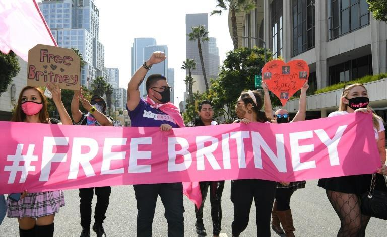 Around 100 fans gathered at the Los Angeles courthouse ahead of the ruling (AFP/VALERIE MACON)