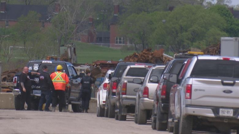 Man hit by falling tubing at K-Scrap Resources, Ministry of Labour investigating