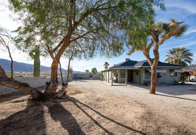 <p>The property is sparse but the real attraction is the view. Of course U2 fans will be happy to know the house is only three miles from the entrance to Joshua Tree National Park.<br>(Airbnb) </p>