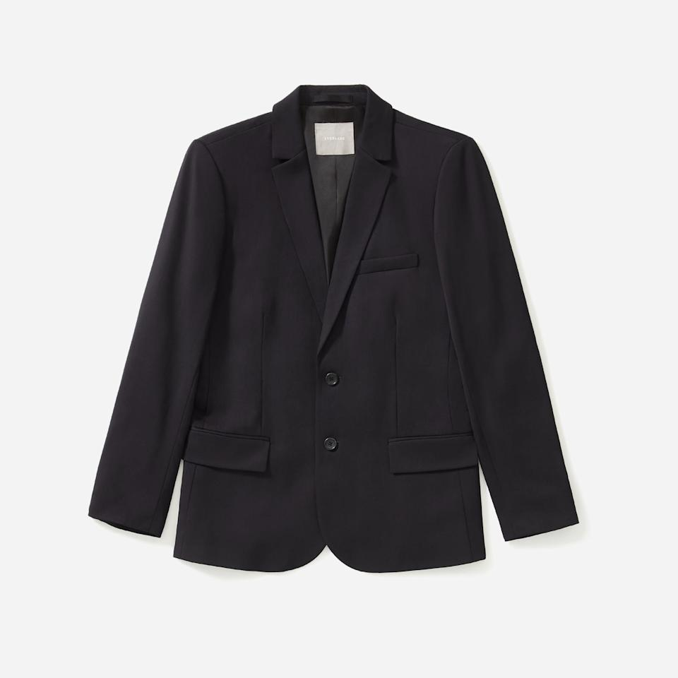 "<p><strong>everlane</strong></p><p>everlane.com</p><p><strong>$198.00</strong></p><p><a href=""https://go.redirectingat.com?id=74968X1596630&url=https%3A%2F%2Fwww.everlane.com%2Fproducts%2Fmens-wool-suit-jacket-black&sref=https%3A%2F%2Fwww.esquire.com%2Fstyle%2Fmens-fashion%2Fg35086246%2Feverlane-end-of-year-sale-2020%2F"" rel=""nofollow noopener"" target=""_blank"" data-ylk=""slk:Shop Now"" class=""link rapid-noclick-resp"">Shop Now</a></p>"