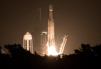 """A SpaceX Falcon Heavy rocket carrying 24 satellites as part of the Department of Defense's Space Test Program-2 (STP-2) mission launches from Launch Complex 39A, Tuesday, June 25, 2019 at NASA's Kennedy Space Center in Florida. Four NASA technology and science payloads that will study non-toxic spacecraft fuel, deep space navigation, """"bubbles"""" in the electrically-charged layers of Earth's upper atmosphere, and radiation protection for satellites are among the two dozen satellites put into orbit. Photo Credit: (NASA/Joel Kowsky)"""