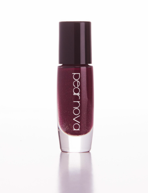"<h3>Rich Burgundy</h3><br>Dark purple <a href=""https://www.refinery29.com/en-us/burgundy-nail-polish"" rel=""nofollow noopener"" target=""_blank"" data-ylk=""slk:burgundies"" class=""link rapid-noclick-resp"">burgundies</a> are a fall classic. This specific bottle by Pear Nova pick is a foolproof sophisticated red-wine shade with a subtle hint of <a href=""https://www.refinery29.com/en-us/glitter-nail-polish"" rel=""nofollow noopener"" target=""_blank"" data-ylk=""slk:sparkle"" class=""link rapid-noclick-resp"">sparkle</a>.<br><br><strong>Pear Nova</strong> Rub My Temples, $, available at <a href=""https://go.skimresources.com/?id=30283X879131&url=https%3A%2F%2Fwww.pearnova.com%2Fproduct%2Frub-my-temples%2F"" rel=""nofollow noopener"" target=""_blank"" data-ylk=""slk:Pear Nova"" class=""link rapid-noclick-resp"">Pear Nova</a>"