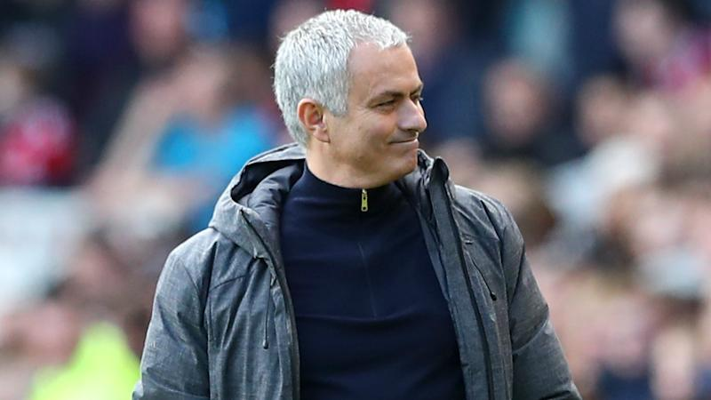 Mourinho 'desperate' to bring title to Manchester United