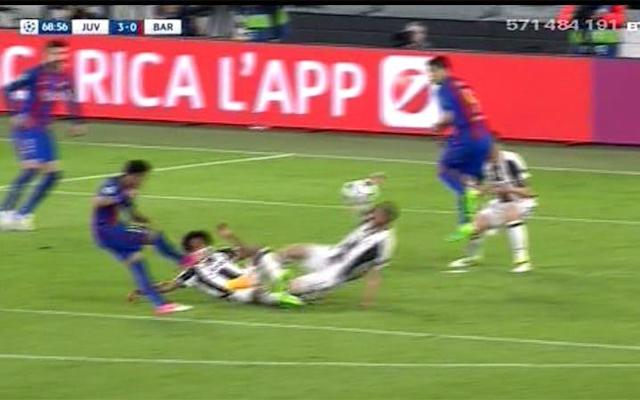 neymar shot handball juventus game