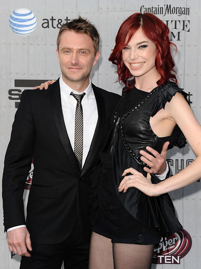 Chris Hardwick and Chloe Dykstra attend Spike TV's Guys Choice Awards in 2014. (Photo: Jason LaVeris/FilmMagic)