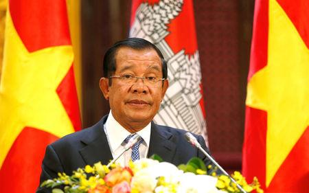 Cambodia's Prime Minister Hun Sen attends a news conference with his Vietnamese counterpart Nguyen Xuan Phuc in Hanoi