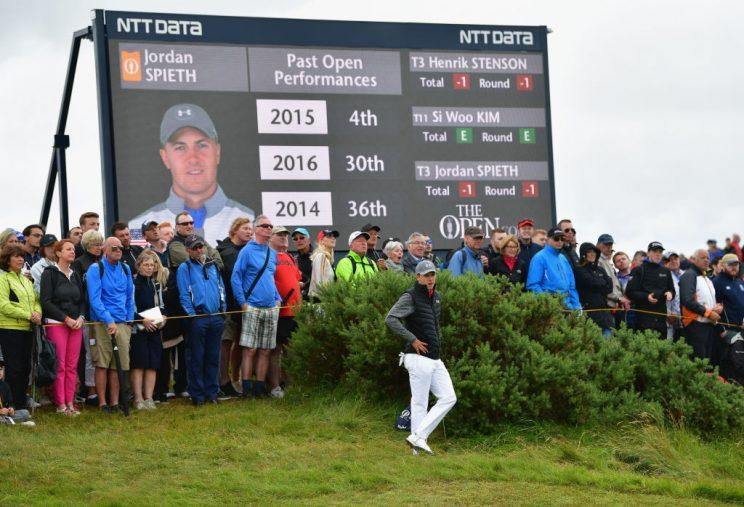 British Open Leaderboard: Matt Kuchar Holds On as Rory McIlroy Surges