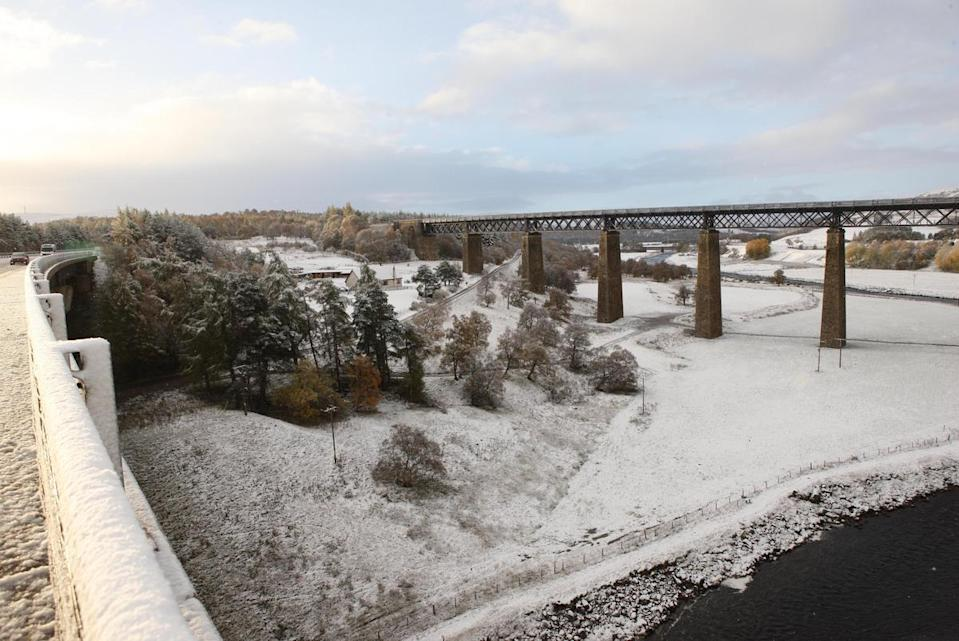 <p>A snow-covered field in Inverness </p>