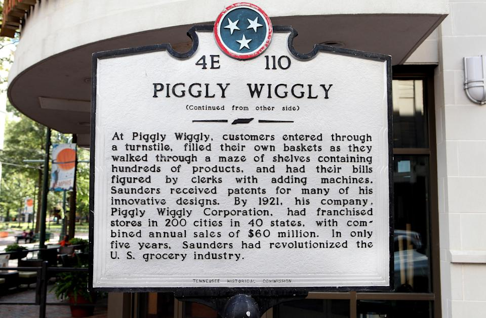 MEMPHIS - OCTOBER 04:  Piggly Wiggly Building site historical marker in Memphis, Tennessee on October 4, 2016.  (Photo By Raymond Boyd/Getty Images)